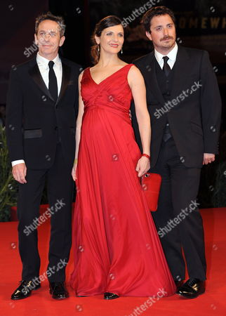 Chilean Cast Director Pablo Larrain (r) with Actors Antonia Zegers (c) and Alfredo Castro Pose During the Premiere For the Movie ' Post Mortem ' at the 67th Annual Venice Film Festival in Venice Italy 05 September 2010 the Movie is Presented in the International Competition 'Venezia 67' at the Festival Running From 01 to 11 September 2010 Italy Venice