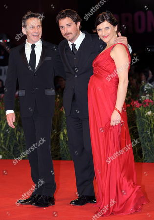 Chilean Cast Director Pablo Larrain (c) with Actors Antonia Zegers (r) and Alfredo Castro Pose During the Premiere For the Movie 'Post Mortem' at the 67th Annual Venice Film Festival in Venice Italy 05 September 2010 the Movie is Presented in the International Competition 'Venezia 67' at the Festival Running From 01 to 11 September 2010 Italy Venice