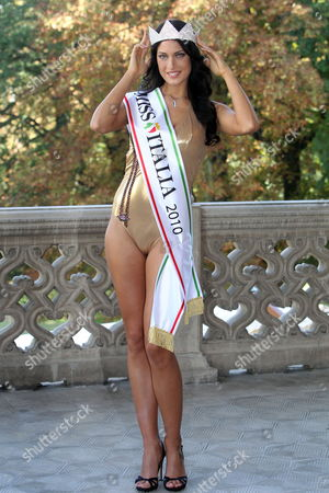 Stock Image of Crowned Miss Italy 2010 Francesca Testasecca Poses For a Photograph in Salsomaggiore Terme Italy 14 September 2010 Francesca Testasecca was Crowned As Miss Italy 2010 During the 71st Annual Miss Italy Beauty Pageant on 13 September 2010 Italy Salsomaggiore