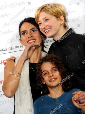 Stock Image of Italian Actors and Cast Members (l-r) Maya Sansa Greta Zuccheri Montanari and Alba Rohrwacher Attend the Photocall of the Movie 'L'uomo Che Verra' During the 4th Annual Rome Film Festival in Rome Italy 21 October 2009 the Movie Directed by Giorgio Diritti is Presented in the Official Competition of the Festival Running Until 23 October Italy Rome