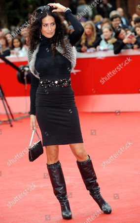 Us Actress Randi Ingerman Poses on the Red Carpet As She Arrives at the Screening of the Film 'The Twilight Saga: New Moon' by Us Movie Director Chris Weitz Presented out of Competition at the 4th Rome International Film Festival Italy on 22 October 2009 Italy Rome