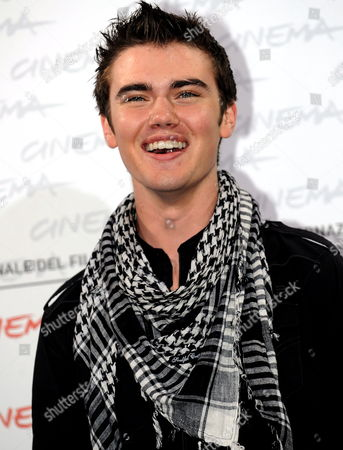 Canadian Actor Cameron Bright Poses During the Photocall For the Film 'The Twilight Saga: New Moon' by Us Movie Director Chris Weitz Presented out of Competition at the 4th Rome International Film Festival Italy on 22 October 2009 Italy Rome