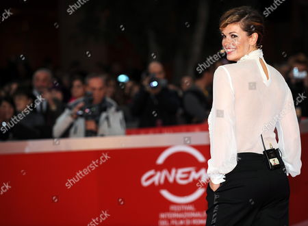 Spanish Actress Vanessa Incontrada Poses on the Red Carpet Prior to the Awards Ceremony of the Fourth Rome International Film Festival 23 October 2009 in Rome Italy the Festival Runs Until 23 October Italy Rome