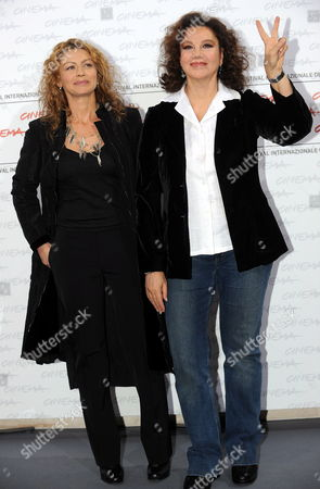 Stock Image of Italian Director and Actress Stefania Sandrelli (r) Poses with Her Daughter Actress Amanda Sandrelli (l) During a Photocall For Their Film 'Christine Cristina' at the Rome International Film Festival 19 October 2009 in Rome Italy the Movie is Presented out of Competion at the Festival Running From 15 to 23 October Italy Rome