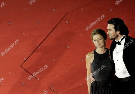 Italian Actors and Cast Members Amanda Sandrelli (l) and Alessio Boni Pose on the Red Carpet As They Arrive at the Screening of the Film 'Christine' by Compatriot Actress and Movie Director and Amanda's Mother Stefania Sandrelli Presented out of Competition at the 4th Rome International Film Festival on 19 October 2009 the Festival Runs to 23 October Italy Rome