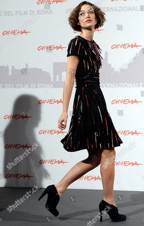 British Actress and Cast Member Keira Knightley Poses During the Photocall For the Movie 'Last Night' at the 5th Annual Rome Film Festival in Rome Italy 28 October 2010 the Movie by Iranian-born Us Director and Writer Massy Tadjedin is Presented in the Official Competition of the Festival That Runs From 28 October to 05 November Italy Rome