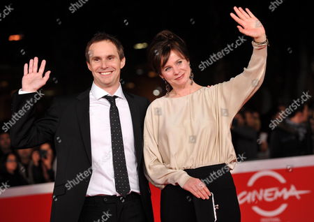 Director Jim Loach and Actress Emily Watson on the Red Carpet Before They Present Their Movie 'Oranges and Sunshine' at the 5th Annual Rome Film Festival in Rome Italy 30 October 2010 the Movie is Presented in the Official Competition of the Festival That Runs From 28 October to 05 November Italy Rome