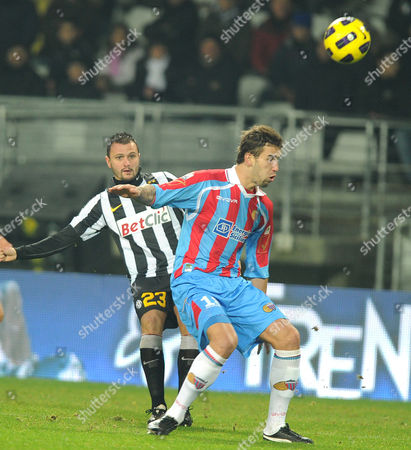 Juventus Fc Simone Pepe (l) Fights For the Ball with Catania's Augustyn Blazej During the 'Coppa Italia' Quarterfinal Soccer Match Juventus Vs Catania at the Olimpico Stadium in Turin Italy 13 January 2011 Italy Turin