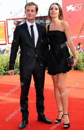 French Actors/cast Members Elodie Bouchez (r) and Nicolas Duvauchelle Arrive For the Premiere of the Movie 'Happy Few' at the 67th Annual Venice Film Festival in Venice Italy 03 September 2010 the Movie by French Director Antony Cordier is Presented in the International Competition 'Venezia 67' at the Festival Running From 01 to 11 September Italy Venice