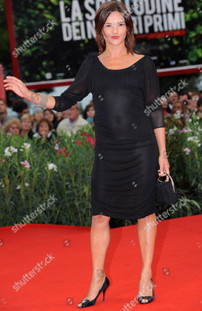 Italian Guest Actress Chiara Caselli on the Red Carpet at the Premiere For the Movie 'Noi Credevamo' at the 67th Annual Venice Film Festival in Venice Italy 07 September 2010 the Movie is Presented in Competition at the Festival Running From 01 to 11 September 2010 Italy Venice