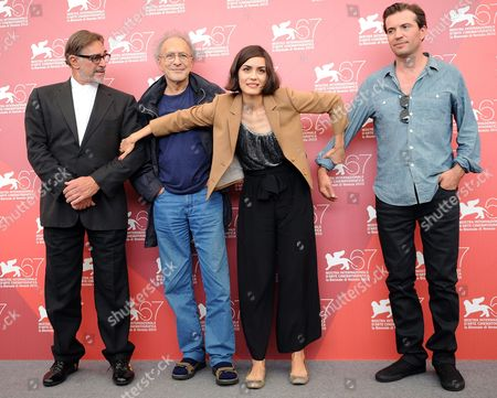 (l-r) Italian Actor Fabio Testi Us Director Monte Hellman Us Actress Shannyn Sossamon and Canadian Actor Tygh Runyan Pose During the Photocall For the Movie 'Road to Nowhere' at the 67th Annual Venice Film Festival in Venice Italy 10 September 2010 the Movie by Monte Hellman is Presented in the International Competition 'Venezia 67' at the Festival Running From 01 to 11 September 2010 Italy Venice
