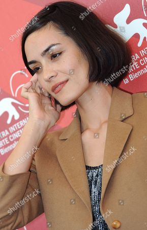 Us Actress Shannyn Sossamon Poses During the Photocall For the Movie 'Road to Nowhere' at the 67th Annual Venice Film Festival in Venice Italy 10 September 2010 the Movie by Us Director Monte Hellman is Presented in the International Competition 'Venezia 67' at the Festival Running From 01 to 11 September 2010 Italy Venice