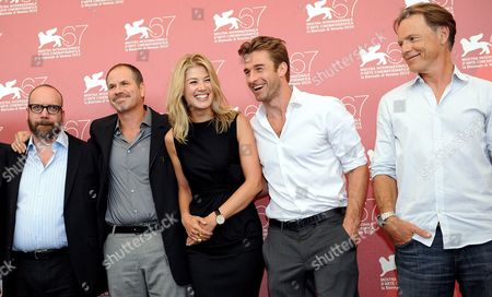 Us Actor Paul Giamatti (l-r) Canadian Director Richard J Lewis British Actors Rosamund Pike and Scott Speedman and Canadian Actor Bruce Greenwood Pose During the Photocall For Their Movie 'Barney's Version' at the 67th Annual Venice Film Festival in Venice Italy 10 September 2010 the Movie is Presented in the International Competition 'Venezia 67' at the Festival Running From 01 to 11 September Italy Venice