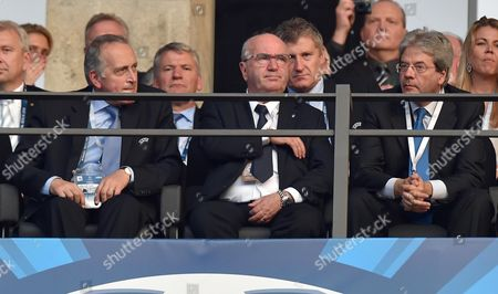 Giancarlo Abete (l) Italian Soccer Federation (figc) President Carlo Tavecchio (c) and Italian Minister of Foreign Affairs Paolo Gentiloni (r) During the Uefa Champions League Final Soccer Match Between Juventus Fc and Fc Barcelona at Olympic Stadium in Berlin Germany 06 June 2015 Germany Berlin