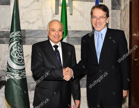 Italy Foreign Minister Giulio Terzi (r) Shake Hnads with the Secretary General of the Arab League Nabil El Araby (l) During a Meeting at the Farnesina in Rome Italy 13 June 2012 Italy Rome