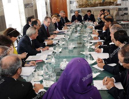 Italian Foreign Minister Giulio Terzi Di Sant' Agata (c-l) Speaks to the Arab League Ambassadors in Rome Italy 09 May 2012 Italy Rome