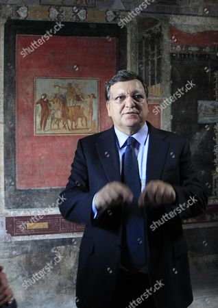 President of the European Commission Jose Manuel Durao Barroso During His Visit at the Pompeii's Archaeological Excavations Italy 10 October 2014 Italy Pompei