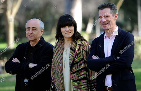 Italian Director Roberto Faenza (l) Poses with Italian Singer Elisa (c) and Us Writer Peter Cameron (r) Author of the Book That Inspired the Movie During the Photocall For the Movie in Rome Italy 23 February 2012 the Movie Will Be Released in Italian Theatres on 24 February Italy Roma