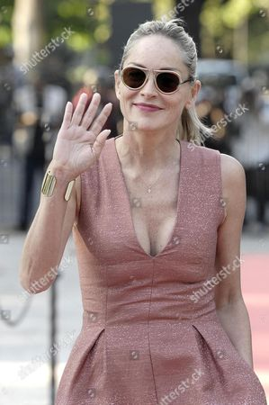 Us Actress Sharon Stone Arrives For the Party For the Film 'Il Ragazzo D'oro' (lit: the Golden Boy) by Italian Film Director Pupi Avati at the Casina Valadier in Rome Italy 22 July 2013 Italy Rome