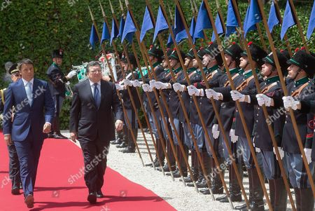 Italian Prime Minister Matteo Renzi (l) and Outgoing European Commission President Jose Manuel Durao Barroso Arrive at Villa Madama in Rome Italy 04 July 2014 Prior to Their Meeting That Marks the Beginning of the Six Months Italian Presidency of the Council of the European Union Italy Rome