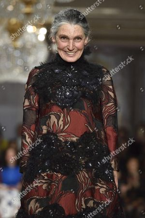 Italian Actress and Model Benedetta Barzini Presents a Creation From the Fall/winter 2015 Collection by Italian Fashion House Antonio Marras During the Milan Fashion Week in Milan Italy 28 February 2015 the Milano Moda Donna Will Run From 25 February to 02 March Italy Milan