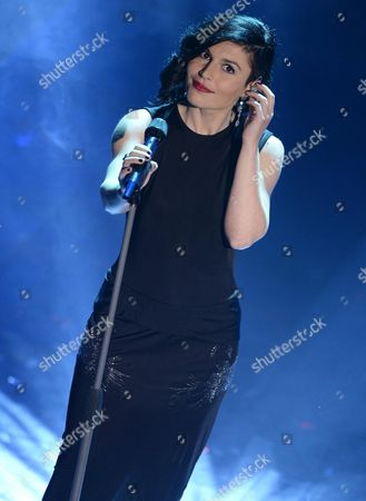 Italian Singer Giusy Ferreri Performs During the Opening Night of Sanremo Italian Song Festival at the Ariston Theatre in Sanremo Italy 18 February 2014 the 64th Edition of Sanremo Italian Song Festival Runs From 18 to 22 February Italy Sanremo