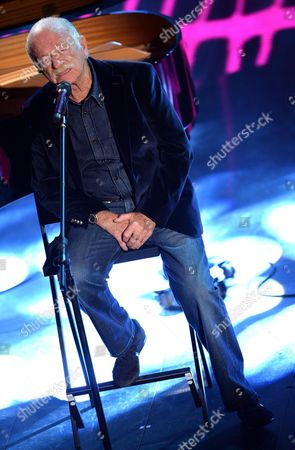 Italian Singer Gino Paoli Performs on Stage During the Fourth Night of of the Sanremo Italian Song Festival at the Ariston Theatre in Sanremo Italy 21 February 2014 Italy Sanremo