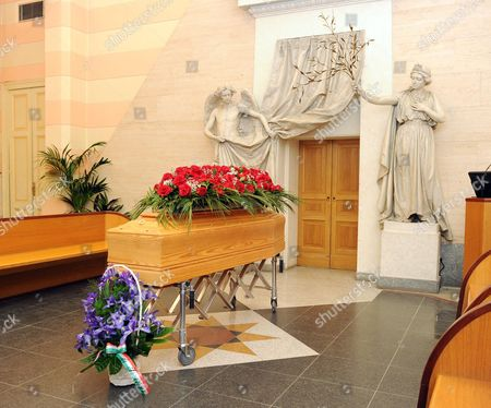 The Coffin of Rita Levi Montalcini Arrives at the Monumental Cementery of Turin Italy 01 January 2013 Rita Levi Montalcini Joint Winner of the Nobel Prize For Medicine and an Italian Senator For Life Died on Sunday at the Age of 103 Italy Turin