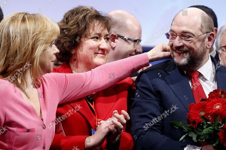 (l R) the Main Opposition Spanish Socialist Party's (psoe) Vice General Secretary Elena Valenciano the President of Pes (party of European Socialists) Women Zita Gurmai and European Parliament President Martin Schulz During the Party of European Socialists (pes) Congress in Rome Italy 01 March 2014 the Pes is Holding Its Annual Congress in Rome on 28 February and 01 March Italy Rome