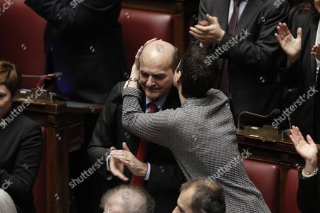 Former Pd (democratic Party) Leader Pier Luigi Bersani (l) Applauds Constitutional Court Judge Sergio Mattarella Newly Elected Italian President at the Parliament in Rome Italy 31 January 2015 Sergio Mattarella was Elected President of Italy with 665 Votes From Lawmakers From Both Houses of Parliament and Regional Representatives in the Fourth Presidential Ballot Italy Rome