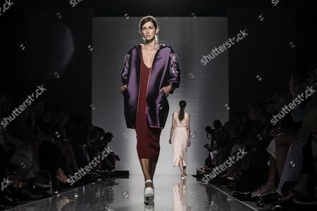 A Model Presents a Creation From the Fall-winter 2014/2015 Haute Couture Collection by Italian Fashion Designer Salvatore Piccione As Part of the 'Who is on Next?' Show During the Altaromaltamoda Fashion Week in Rome Italy 14 July 2014 the Event Runs From 12 to 16 July Italy Rome