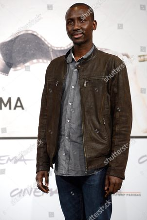 Stock Image of Actor Souleymane Sow Poses During the Photocall For the Movie 'Cosimo E Nicole' at the Seventh Annual Rome Film Festival in Rome Italy 16 November 2012 the Movie is Presented out Competition at the Festival That Runs From 09 to 17 November Italy Rome
