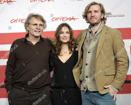 French Director Nicolas Bary (r) and French Actress Melanie Bernier (c) and French Writer Daniel Pennac (l) Pose During the Photocall For 'Au Bonheur Des Ogres' (the Scapegoat) at the 8th Annual Rome Film Festival in Rome Italy 13 November 2013 the Movie is Presented out of Competition at the Festival That Runs From 08 to 17 November Italy Rome
