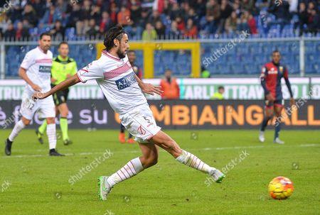 Carpi's Italian Defender Cristian Zaccardo Scores the Winning Goal During the Italian Serie a Soccer Match Between Cfc Genoa 1893 and Carpi Fc at Luigi Ferraris Stadium in Genoa Italy 29 November 2015 Carpi Won 2-1 Italy Genoa