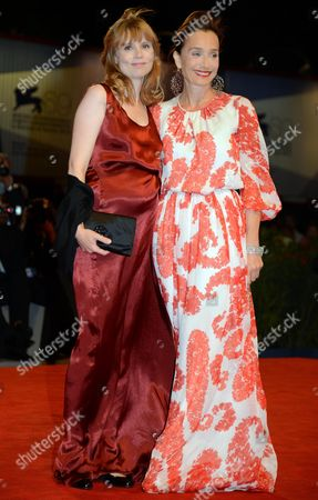 Actresses French Isabelle Carre' (l) and British Kristin Scott Thomas (r) Arrive at the Premiere For the Film 'Cherchez Hortense' by French Director Pascal Bonitzer During the 69th Venice Film Festival in Venice at the Lido in Venice Italy 01 September 2012 the Movie is Presented out of Competition at the Festival Which Runs From 29 August to 08 September Italy Venice