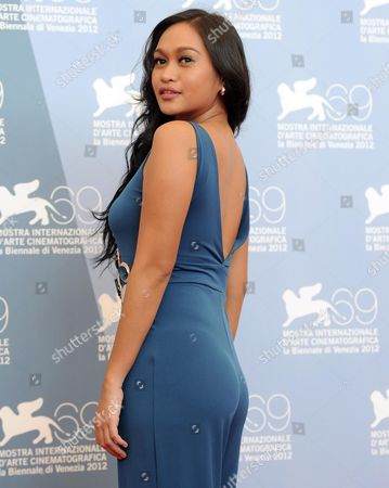 Actress Mercedes Cabral Poses at the Photocall For 'Sinapupunan' (thy Womb) During the 69th Venice Film Festival in Venice Italy 06 September 2012 the Movie is Presented in Official Competition at the Festival Which Runs From 29 August to 08 September Italy Venice