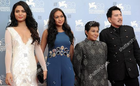 Filipino Film Director Brillante Mendoza (r) Poses with Actresses and Cast Members (l-r) Lovi Poe Mercedes Cabral and Nora Aunor at the Photocall For 'Sinapupunan' (thy Womb) During the 69th Venice Film Festival in Venice Italy 06 September 2012 the Movie is Presented in Official Competition at the Festival Which Runs From 29 August to 08 September Italy Venice