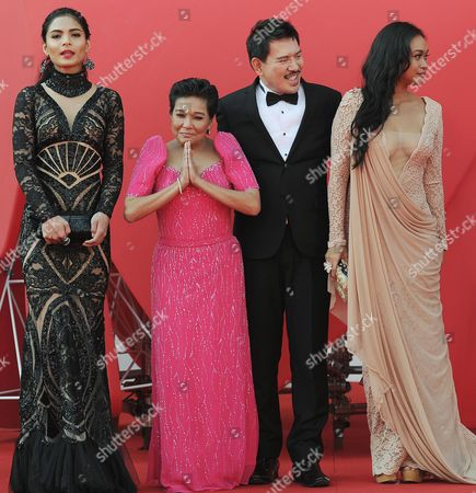 (l-r) Actress Lovi Poe Nora Aunor Director Brillante Mendoza and Mercedes Cabral Arrive at the Premiere of 'Sinapupunan' (thy Womb) During the 69th Venice Film Festival in Venice Italy 06 September 2012 the Movie is Presented in Official Competition at the Festival Which Runs From 29 August to 08 September Italy Venice