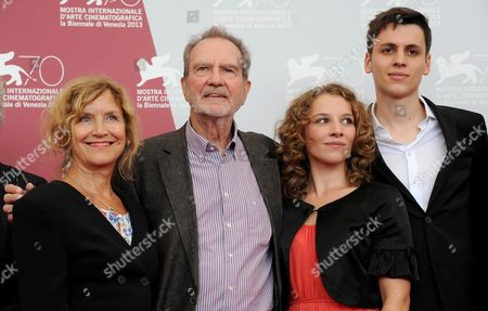 German Director and Writer Edgar Reitz (2-l) Poses with Actors Marita Breuer (l) Antonia Bill (2-r) and Jan Dieter Schneider (r) During a Photocall For 'Die Andere Heimat - Chronik Einer Sehnsucht' (home From Home - Chronicle of a Vision) at the 70th Annual Venice International Film Festival in Venice Italy 29 August 2013 the Movie is Presented out of Competition at the Festival That Runs From 28 August to 07 September Italy Venice