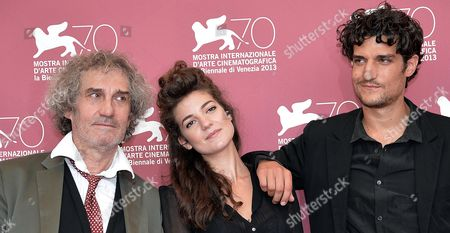 French Actor Louis Garrel (r) French Director Philippe Garrel (l) and French Actress Esther Garrel (c) Pose During a Photocall For 'La Jalousie' at the 70th Annual Venice International Film Festival in Venice Italy 05 September 2013 the Movie is Presented in the Official Competition Venezia 70 the Festival Runs From 28 August to 07 September Italy Venice