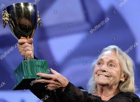 Italian Actress Elena Cotta Holds the Volpi Cup After Receiving the Award For Best Actress For the Movie 'Via Castellana Bandiera' During the Closing Award Ceremony of the 70th Venice International Film Festival Venice Italy 07 September 2013 Italy Venice