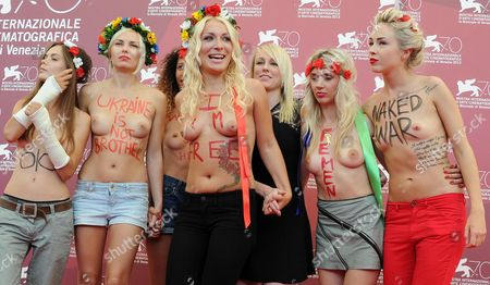 Australian Director Kitty Green (3-r) Poses with Topless Activists of the Feminist Protest Group Femen Including Inna Shevchenko (c) and Sasha Shevchenko (r) at a Photocall For 'Ukraina Ne Bordel' (ukraine is not a Brothel) During the 70th Annual Venice International Film Festival in Venice Italy 04 September 2013 the Movie is Presented out of Competition at the Festival Running From 28 August to 07 September Italy Venice