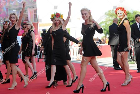 Australian Director Kitty Green (4-l) Arrives with Activists of the Feminist Protest Group Femen Including Inna Shevchenko (2-r) and Sasha Shevchenko (2-l) For the Screening of 'Ukraina Ne Bordel' (ukraine is not a Brothel) at the 70th Annual Venice International Film Festival in Venice Italy 05 September 2013 the Movie is Presented out of Competition As Special Screening the Festival Runs From 28 August to 07 September Italy Venice