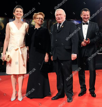 Former Polish President Lech Walesa (2-r) and His Wife Danuta Golos (2-l) Arrive with Polish Actors/cast Members Agnieszka Grochowska (l) and Robert Wieckiewicz (r) For the Screening of 'Walesa Czlowiek Z Nadziei' (walesa Man of Hope) at the 70th Annual Venice International Film Festival in Venice Italy 05 September 2013 the Movie is Presented out of Competition the Festival Runs From 28 August to 07 September Italy Venice