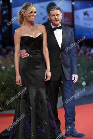 New Zealand Director Andrew Niccol (r) and His Wife Canadian Actress Rachel Roberts Arrive For the Premiere of 'Good Kill' During the 71st Annual Venice International Film Festival in Venice Italy 05 September 2014 the Movie is Presented in the Official Competition Venezia 71 at the Festival Running From 27 August to 06 September Italy Venice