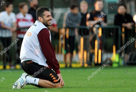 As Roma's Simone Perrotta Smiles During the As Roma's Winter Training at the Espn Wide World of Sport Complex in Orlando Usa 29 December 2012 As Roma Will Face Usl Professional Division Club Orlando City in a Friendly Match on 02 January 2013 United States Orlando