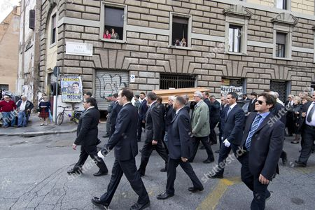 The Coffin Containing the Remains of Former Itallian Premier Giulio Andreotti is Carried by Friends From His House During a Private Funeral in Rome Italy 07 May 2013 Andreotti who Served Seven Times As Italy's Prime Minister Died on 06 May 2013 at the Age of 94 Andreotti was a Central Figure of Italy's Postwar Era His Last Time in Office As Prime Minister was From 1989 to 1992 Italy Rome
