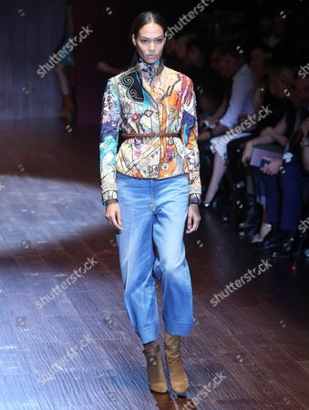 Puerto Rican Fashion Model Joan Smalls Presents a Creation by Italian Designer Frida Giannini From the Spring/summer 2015 Collection of Italian Label Gucci During the Milan Fashion Week in Milan Italy 17 September 2014 the Milano Moda Donna Runs From 17 to 22 September Italy Milan