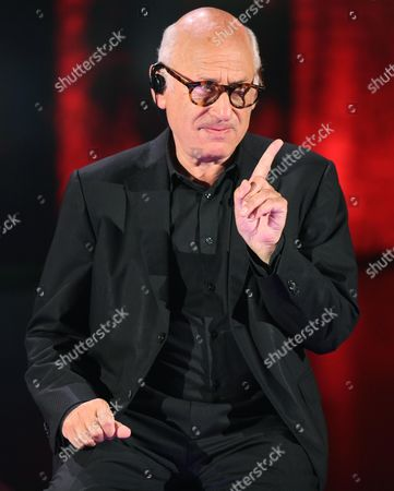 British Composer Michael Nyman Speaks As a Guest of an Italian Tv Show the 'Che Tempo Che Fa' in Milan Italy 22 March 2014 Italy Milano