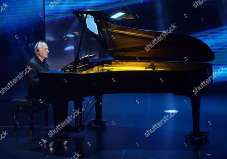 British Composer Michael Nyman Performs During the Italian Tv Show 'Che Tempo Che Fa' in Milan Italy 22 March 2014 Italy Milan
